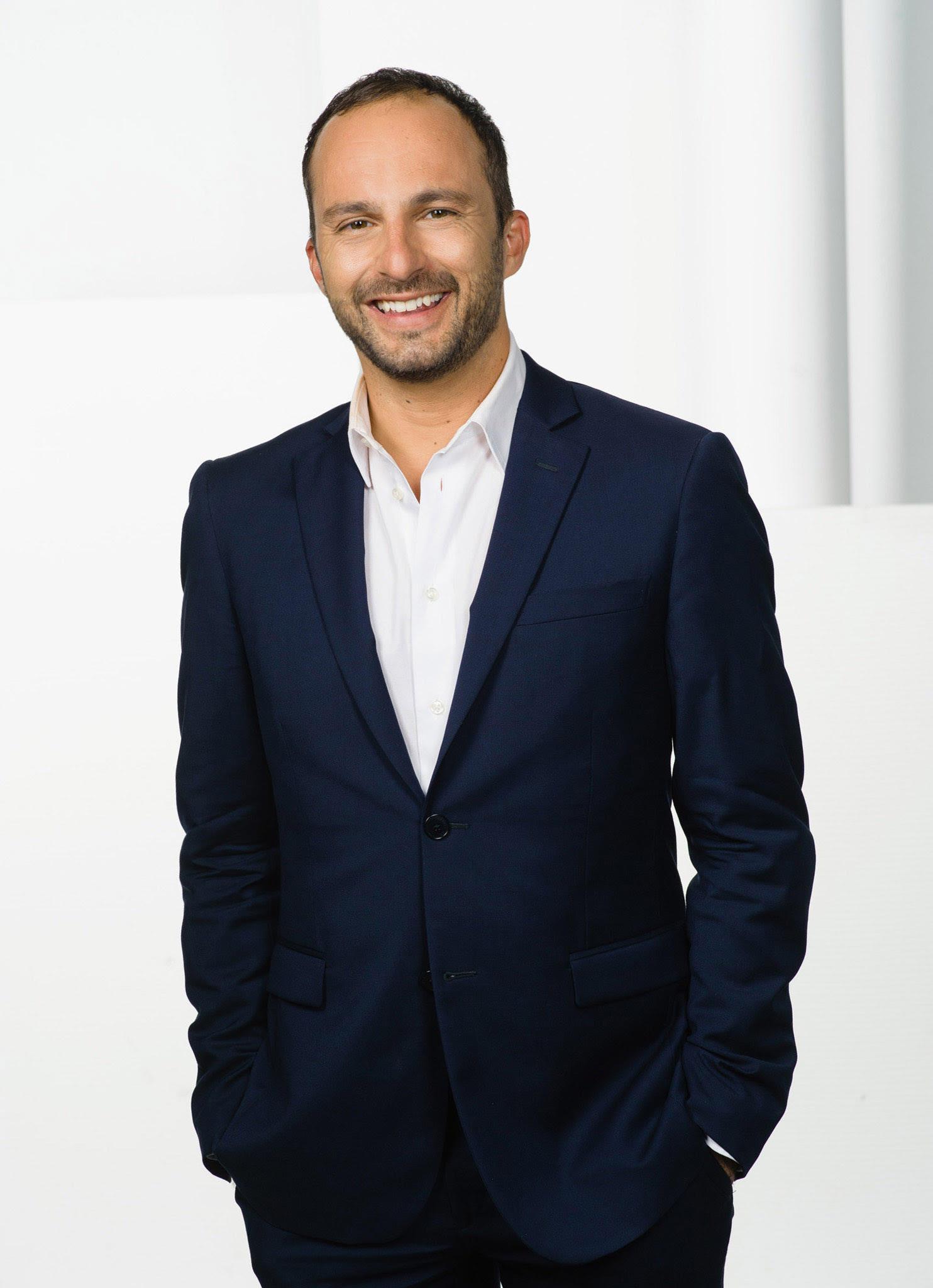 Dean Vuletić